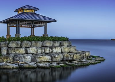 Gazebo on Lakeshore in Mississauga. Taken as the light was setting.